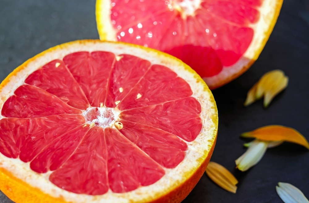 Полезно ли есть грейпфрут на ночь