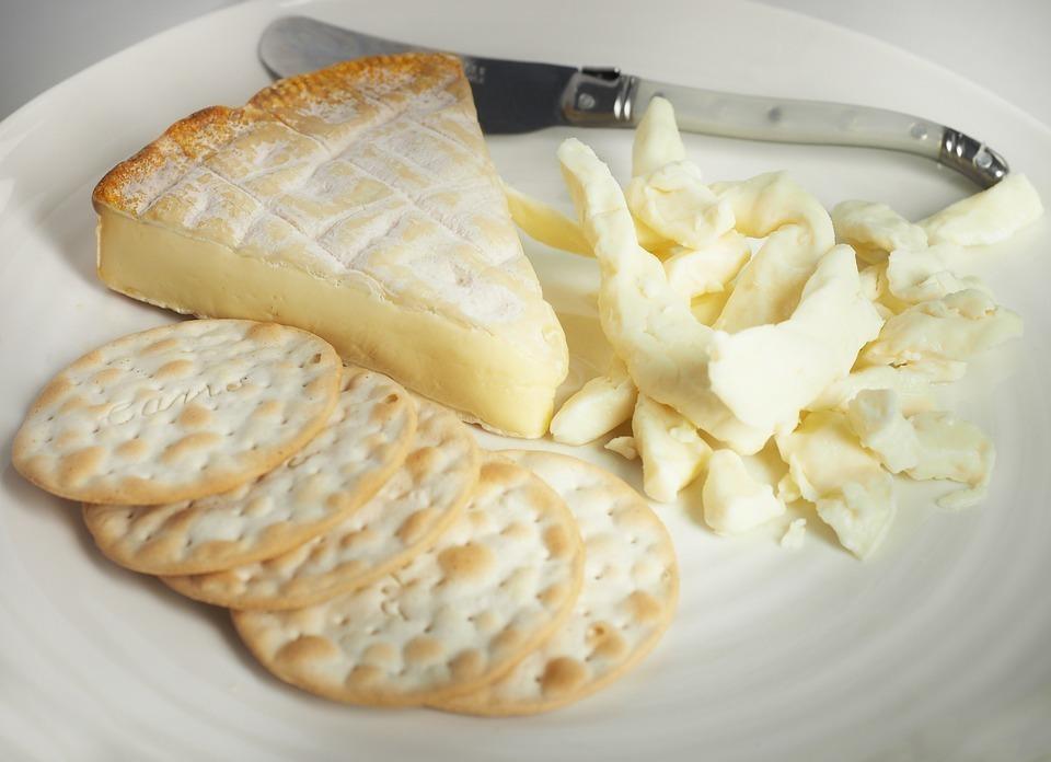 Диетические блюда из творога: рецепты, что можно приготовить из мягкого продукта для похудения, десерты, несладкая выпечка, общие советы для худеющих